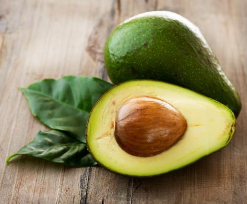 remover manchas de pera abacate
